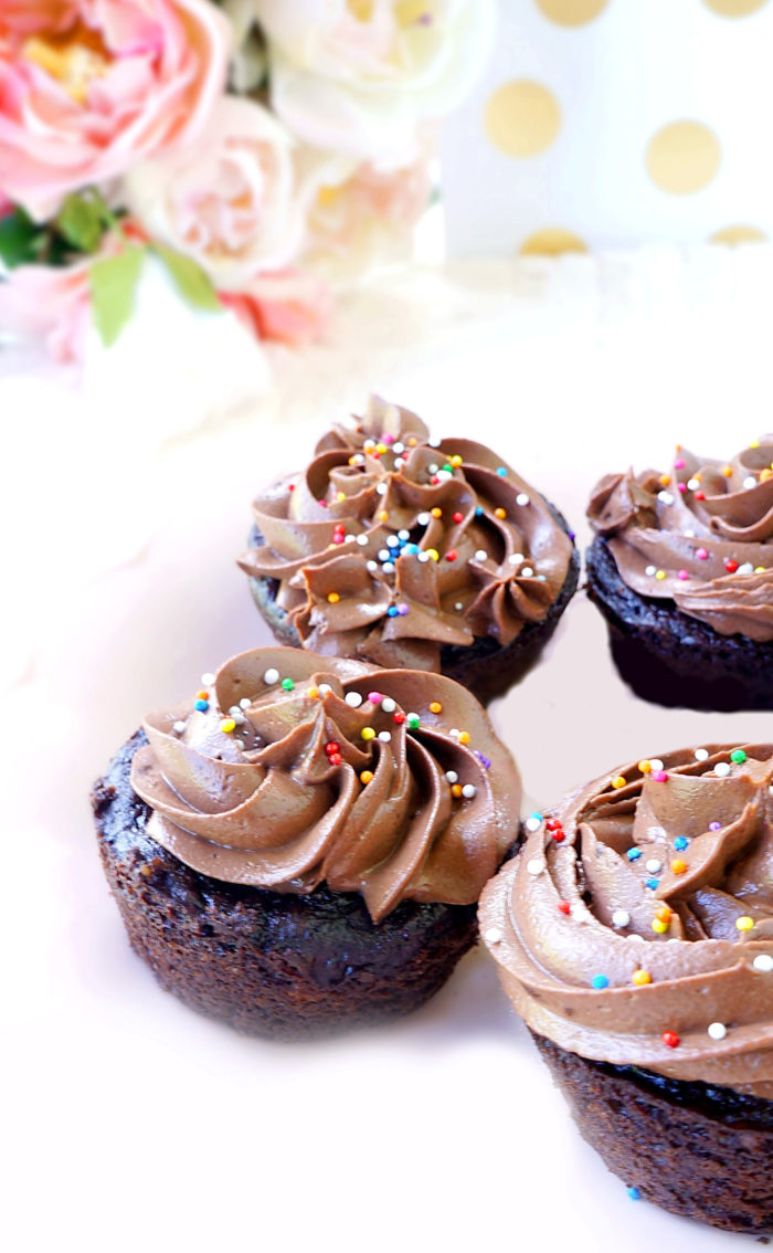 Skinny Chocolate Peanut Butter Cupcakes