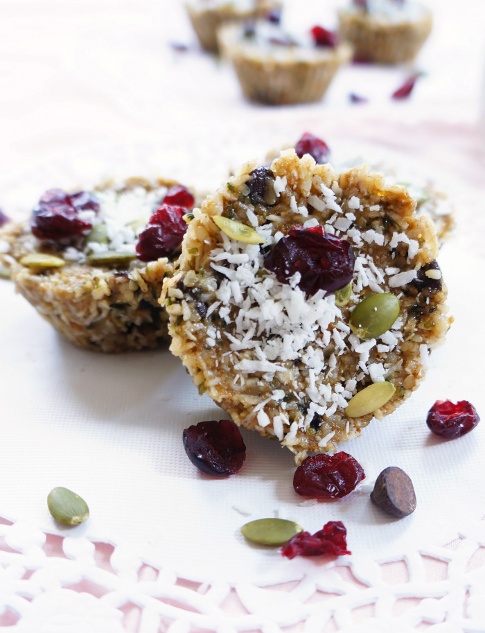 Trail Mix Energy Cups | Hauteandhealthyliving.com