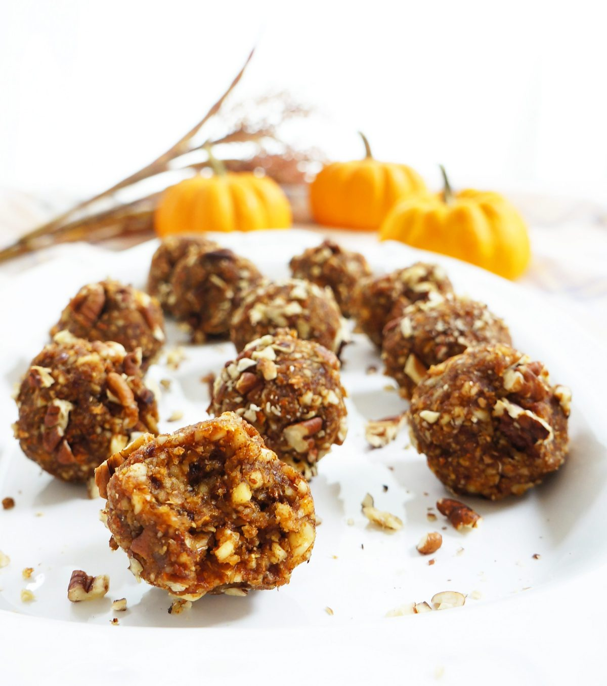 Pumpkin Pecan Bites Recipe: Haute & Healthy Living