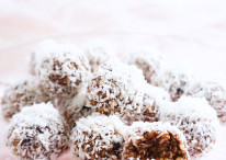 No-Bake Chocolate Mocha Snowballs
