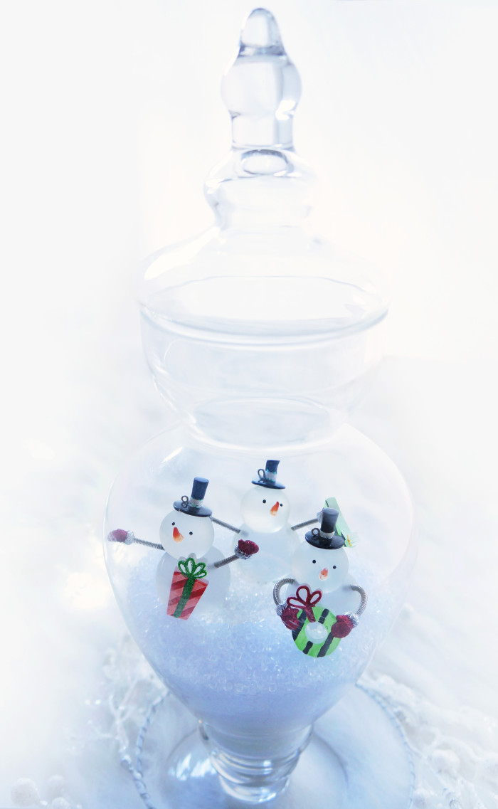 DIY Christmas Apothecary Jars | Haute & Healthy Living