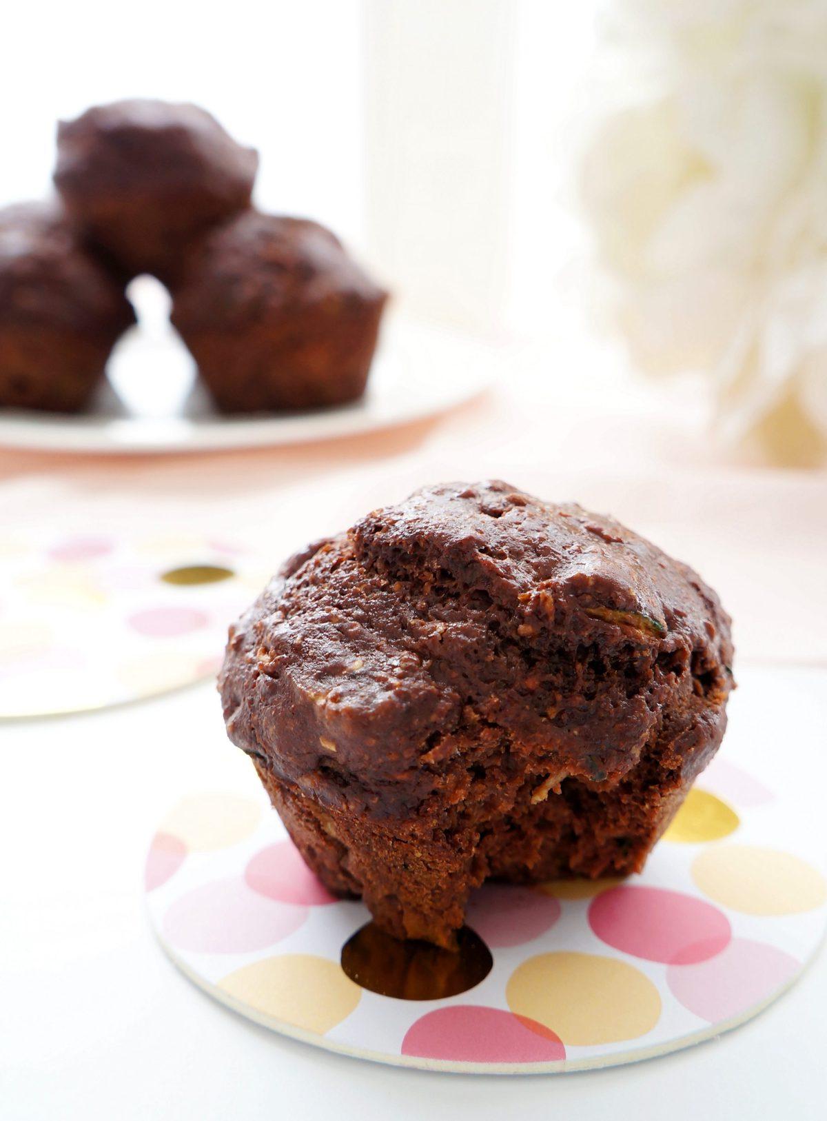 Haute & Healthy Living Chocolate Zucchini Muffins   Haute ...