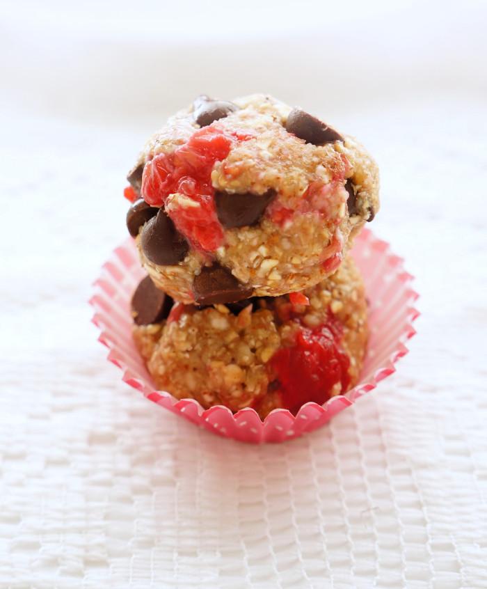 Raspberry Chocolate Bites | Haute & Healthy Living