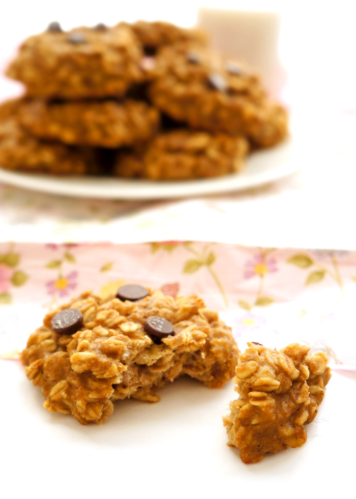Banana Bread Breakfast Cookies | Haute & Healthy Living