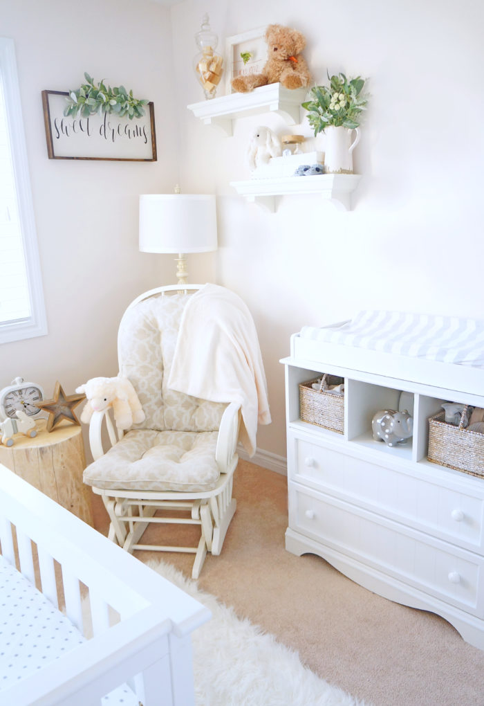 Idea for how to decorate a gender neutral baby nursery with white and cream accents