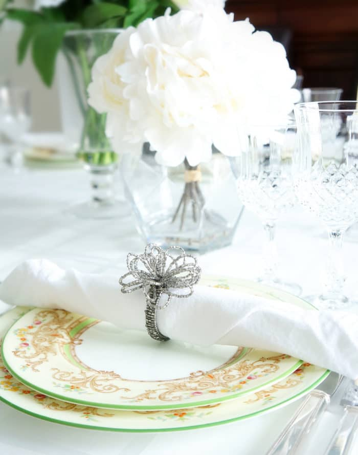 12 Tips for Stylishly Setting the Table