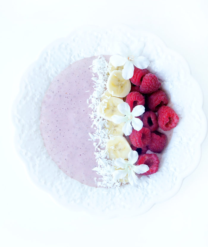 Raspberry Banana Protein Smoothie Bowl