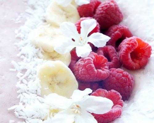 Raspberry Banana Protein Smoothie Bowl
