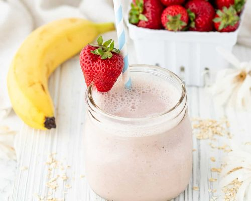 Strawberry banana smoothie in mason jar